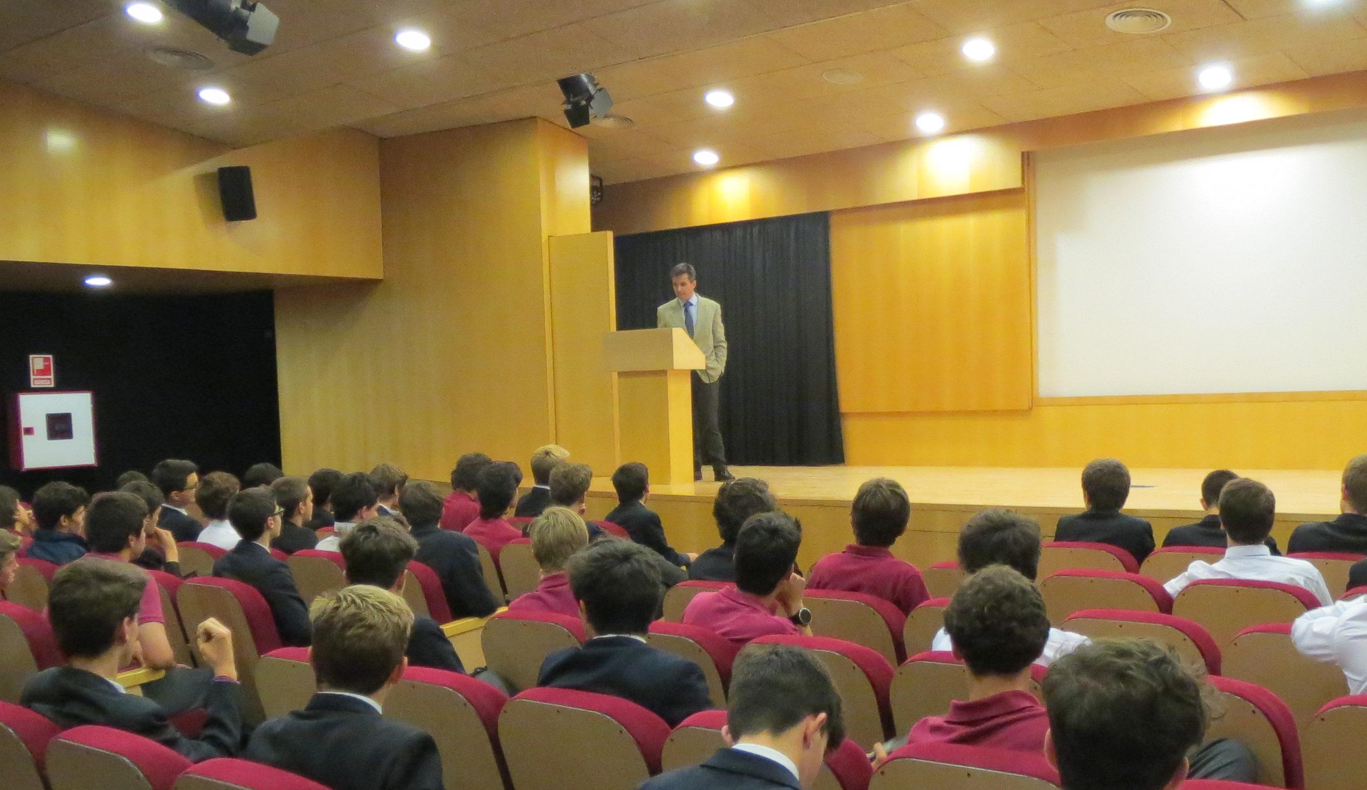 Conference by Dr. Jaime Pérez Esquerdo