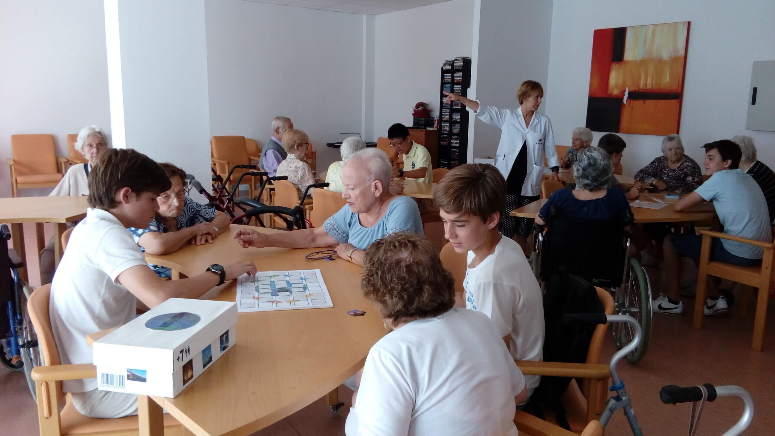 High school students design table games for the elderly