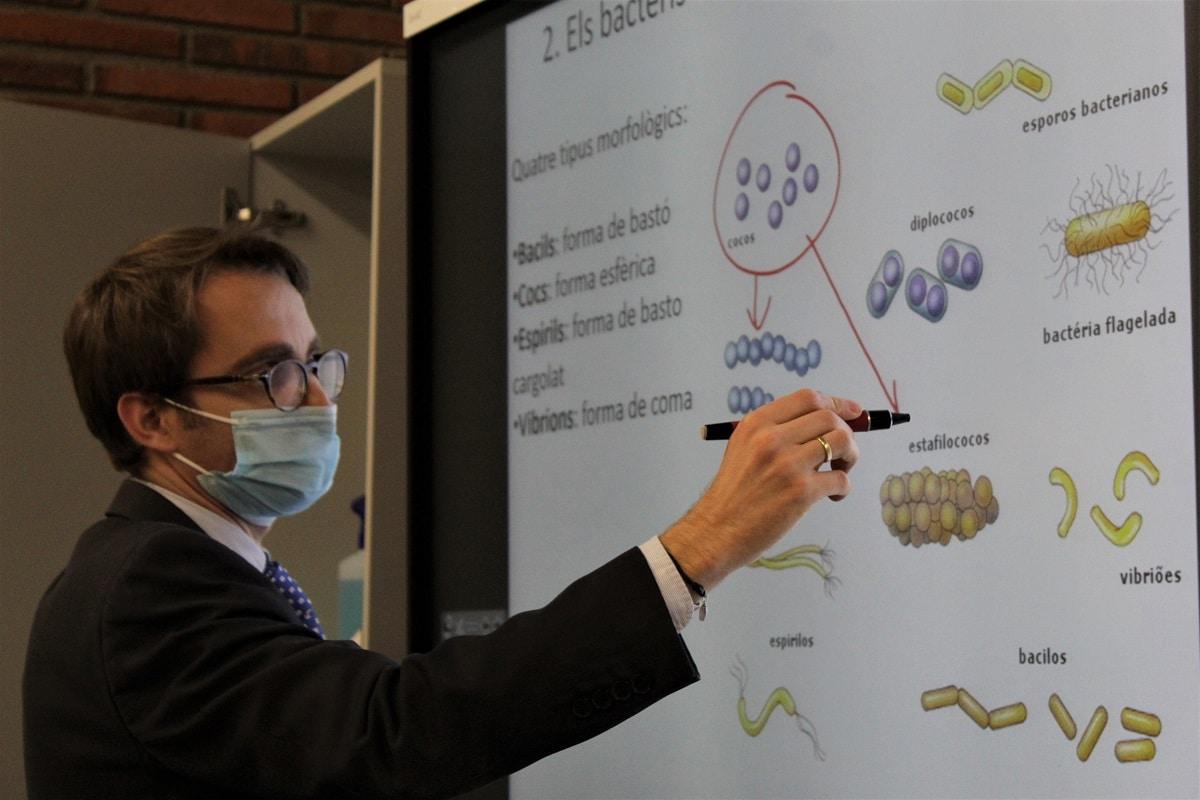 Alumnes de Batxillerat participen a l'Olimpíada de Biologia